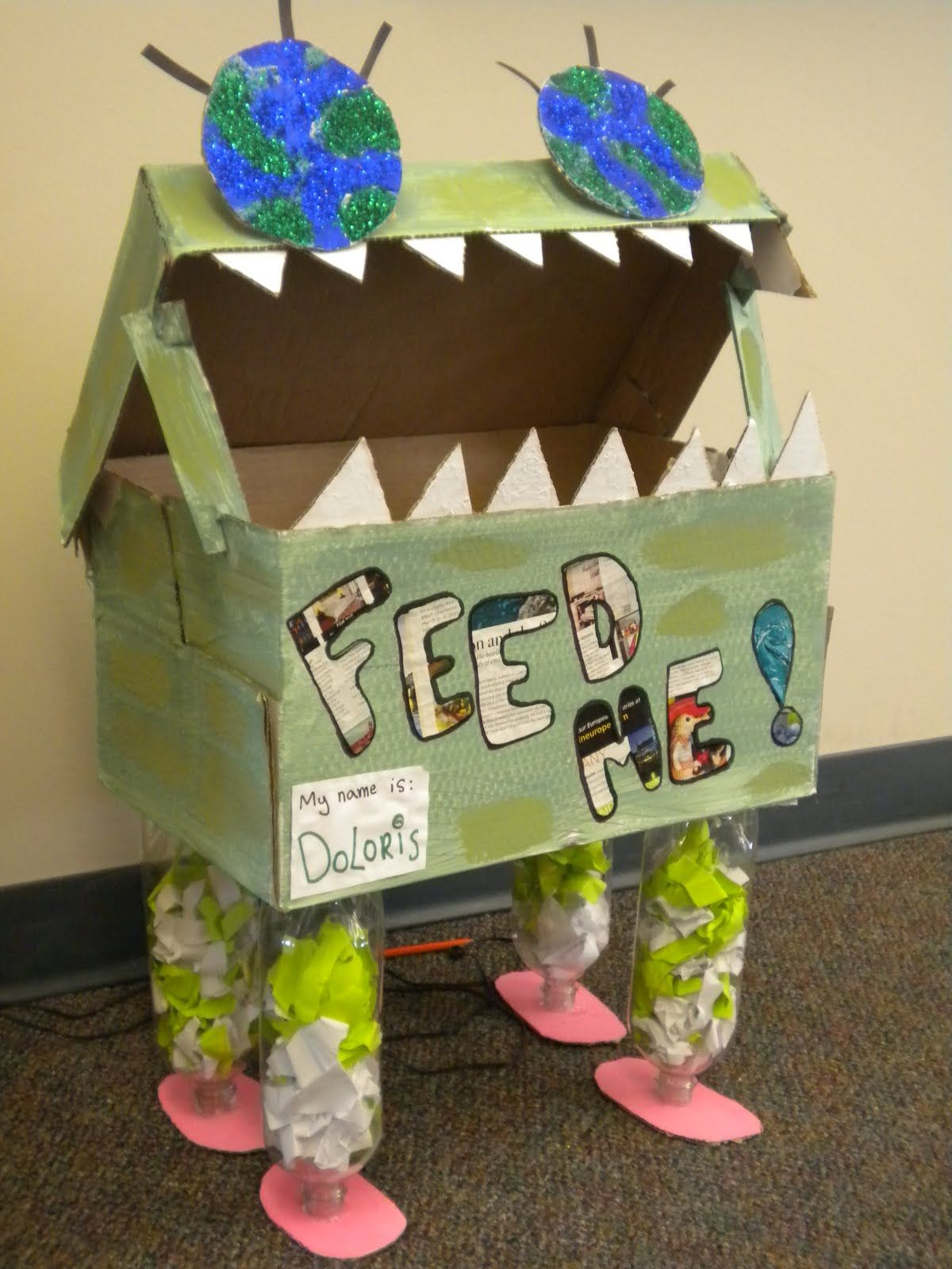 Decorating recycle bins so it turns into fun for the for Recycle project ideas