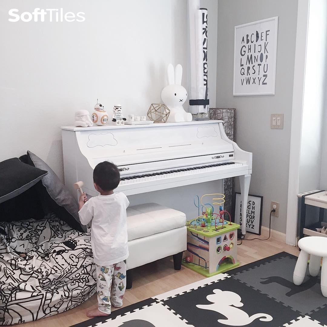 Safari Animals Kids Play Mat Sets with Borders Black, Gray, White ...