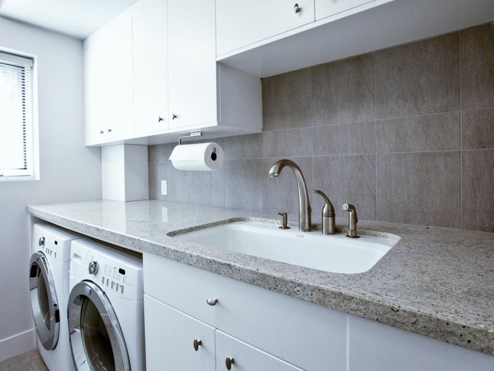 Granite Countertops A Utility Sink And Simple White Cabinets Make This Scandinavian Laundry Room C Modern Laundry Rooms Laundry Room Design Grey Laundry Rooms