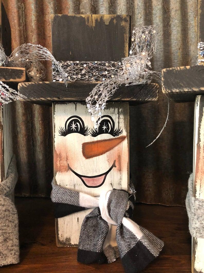 Snowman Reclaimed Wood Christmas Decorations Frosty the Snowman Farmhouse Snowman Vintage Holiday Decor Rustic Christmas Decorations