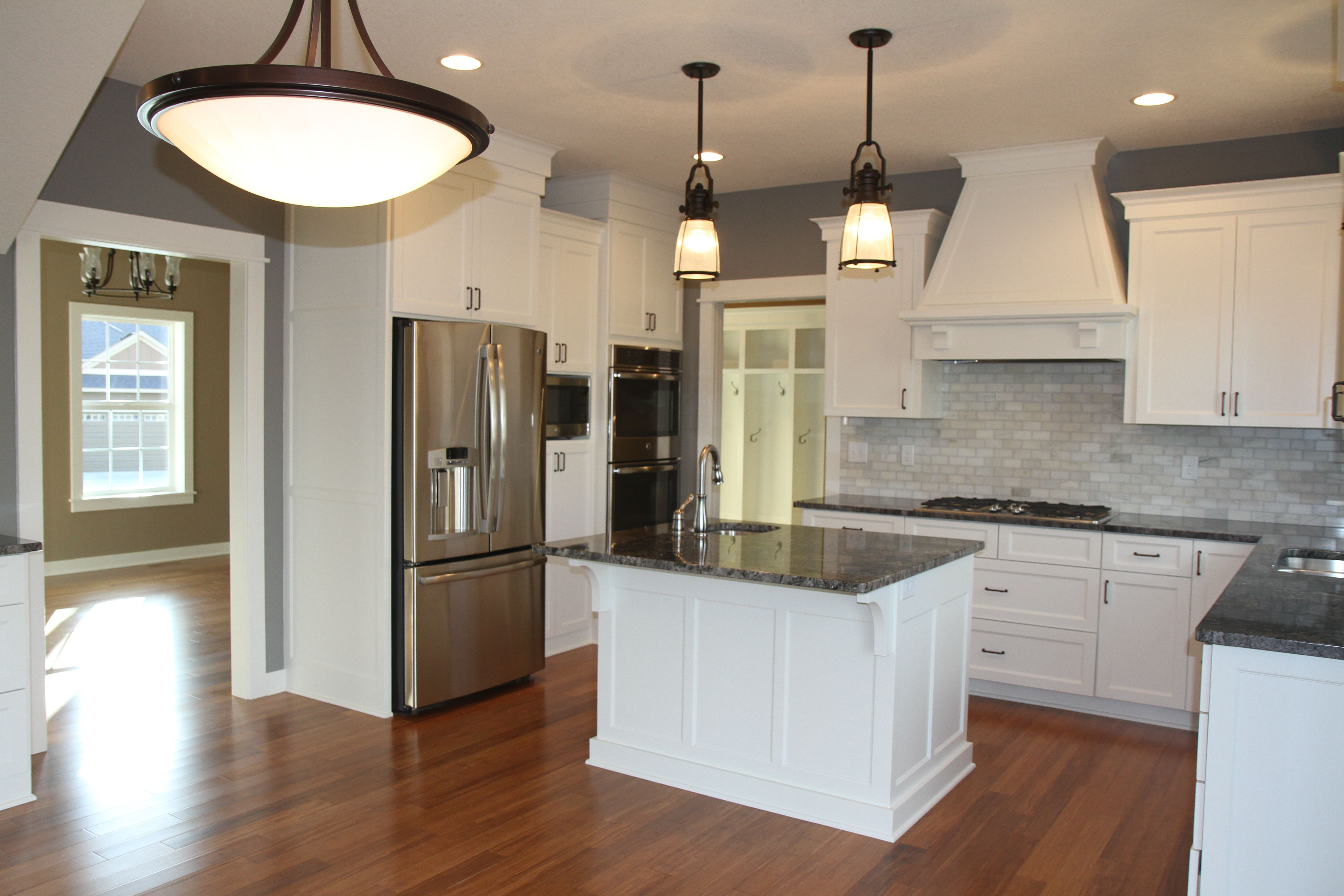 Cape Cod Farmhouse Style Kitchen