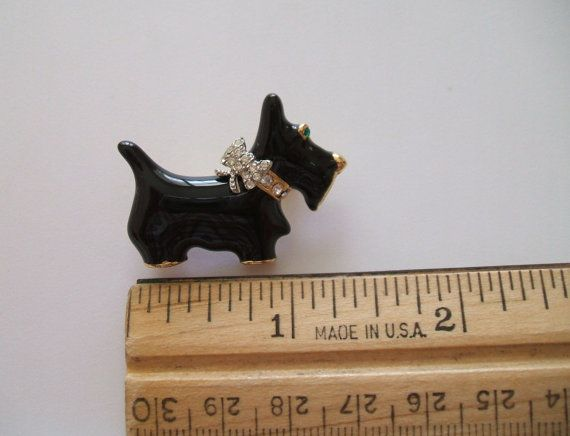 Vintage Small Scottish Terrier Brooch Pin by LilysVintageJewelry