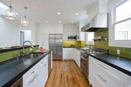 farben für küchenwände grasgrüne fliesen Küche schwarz Pinterest - fliesen in der küche