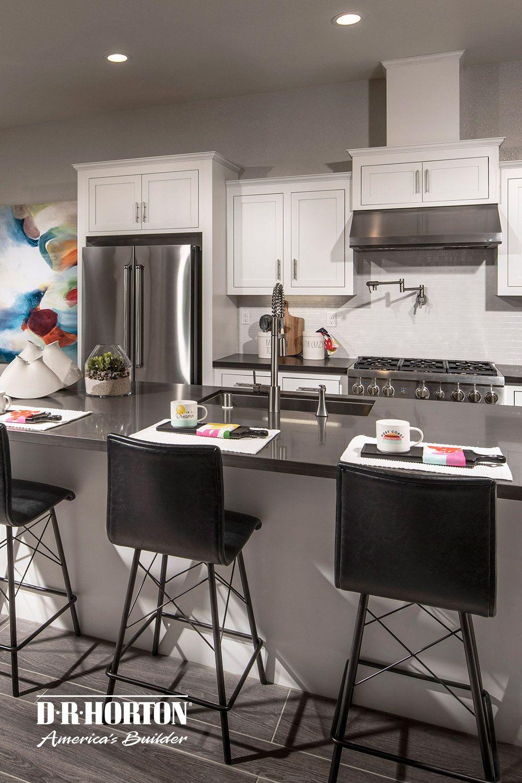 Modern Kitchen Design With White Cabinets Newark Ca In 2020 Modern Kitchen Design Spacious Kitchens Kitchen Design