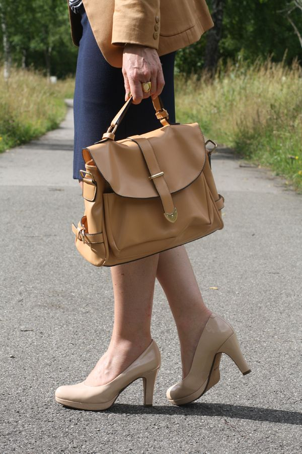 1 LOOK – 2 STYLINGS: OFFICE AND AFTER WORK