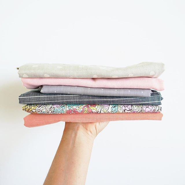 ✨A few new fabrics or fall. ✨ it's almost 100* today and supposed to stay that what through the next week. Looking forward to those crispy Autumn mornings!