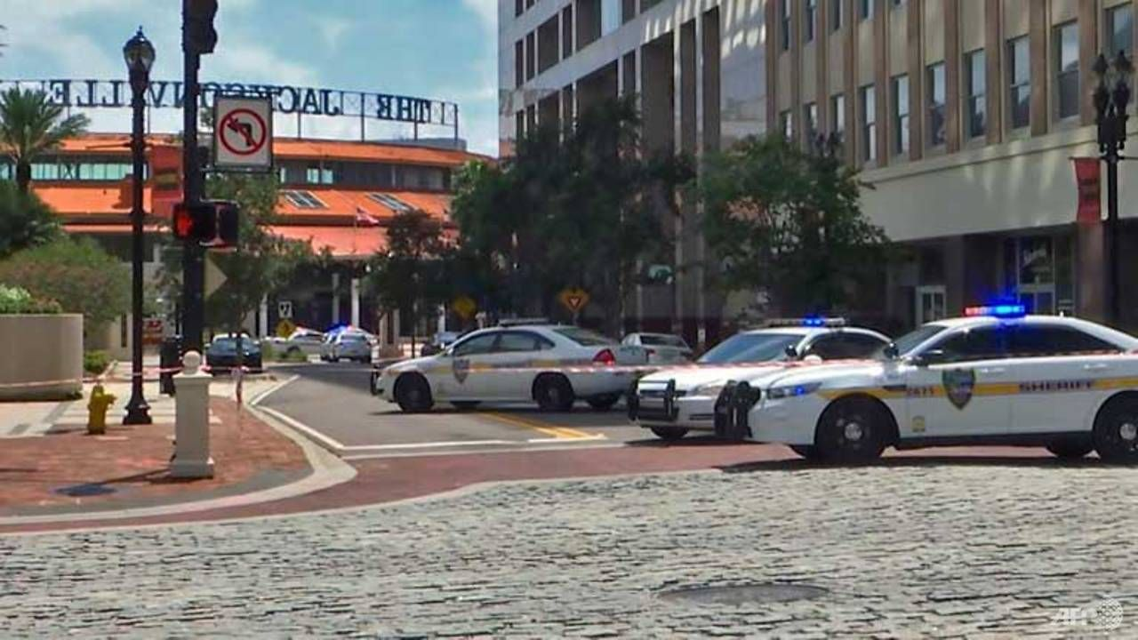 Gunman kills four at video game tournament in Florida