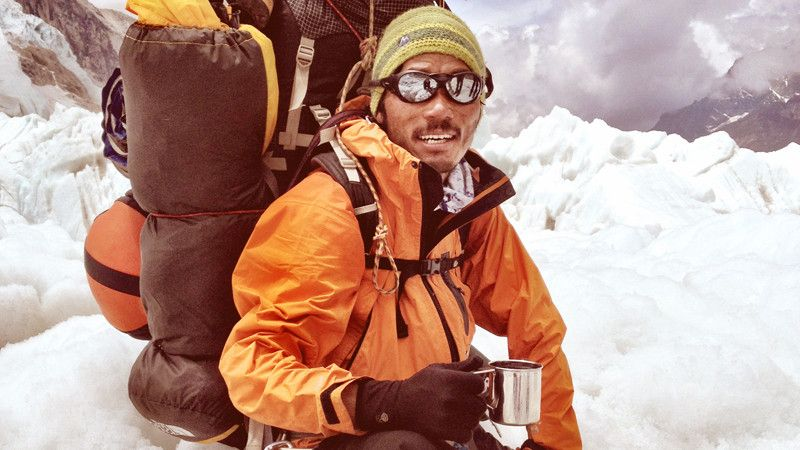 The Value of a Sherpa Life | Mountaineering | OutsideOnline.com