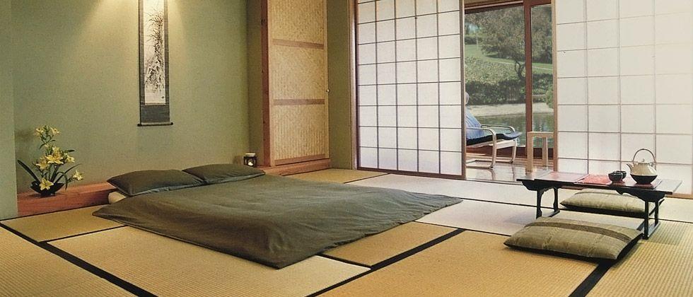 Tatami room with futon and shoji in japan room japan world beechwood pinterest rund ums - Japanisches wohnzimmer ...