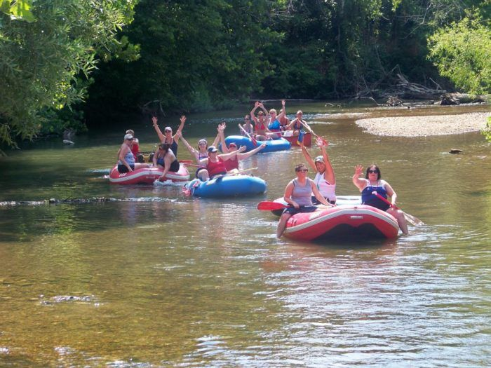 11 Lazy Rivers In Missouri That Are Perfect For Tubing On A Summer S Day Float Trip Missouri Missouri Camping Float Trip