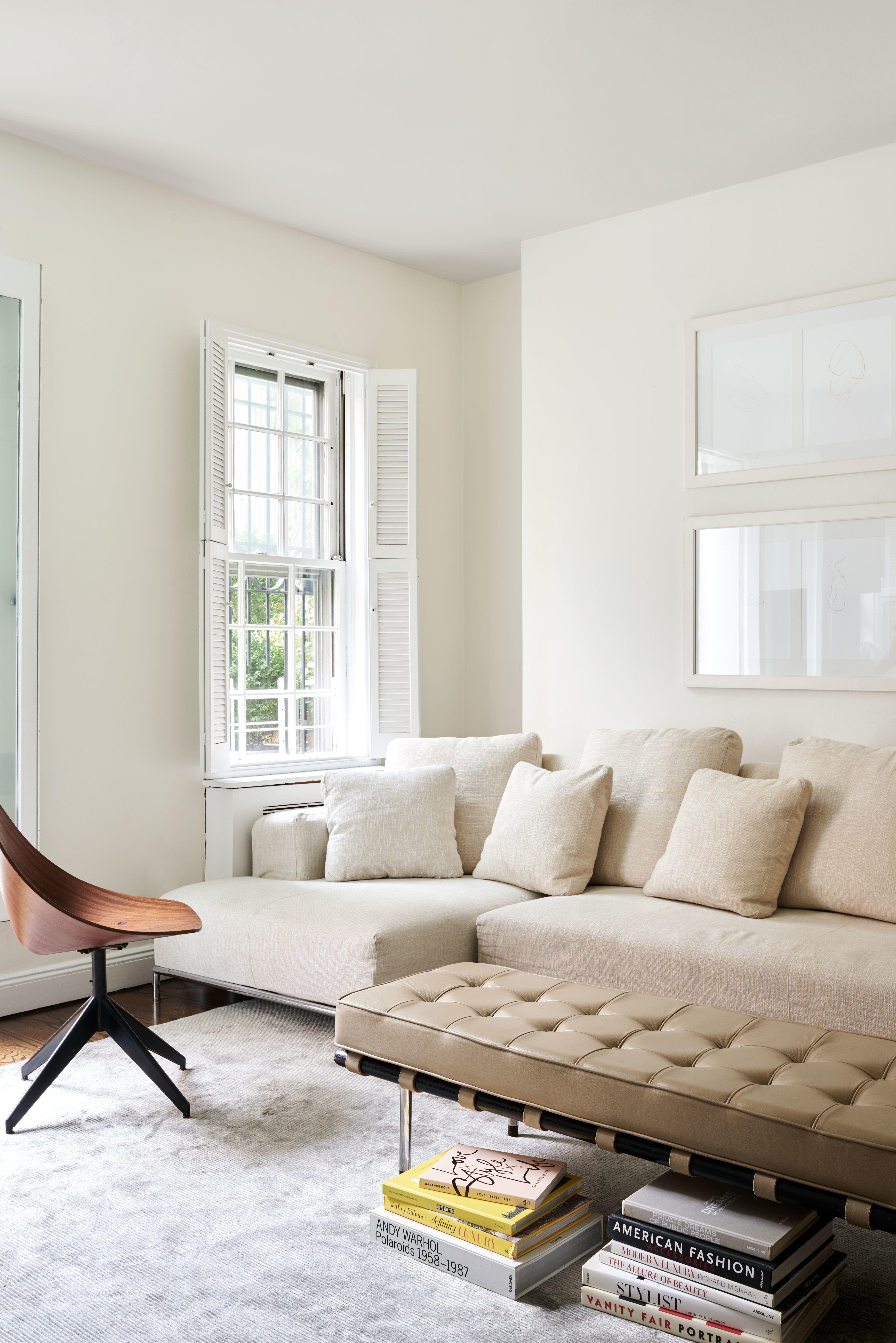 Fashion Insider Marina Larroude S Playful New York City Townhouse Living Room Designs Popular Living Room Livingroom Layout