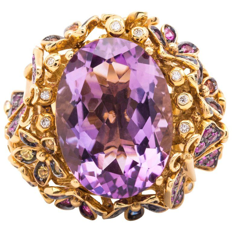 Orianne COLLINS Yellow Gold Amethyst Ring with White