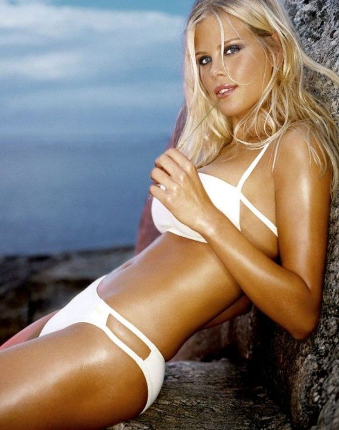 Designer of elin nordegren white bikini photo 924