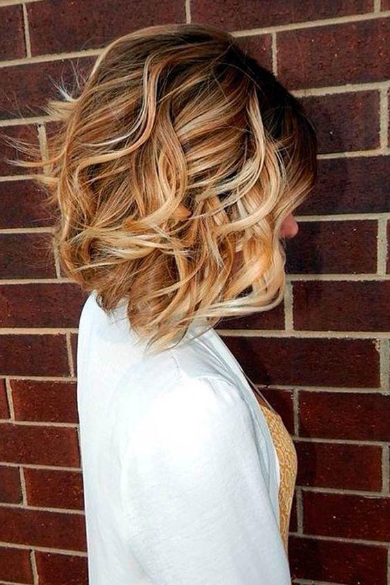 Cute Short Haircut Styles For Women Hair Styles Wavy Bob Haircuts Bob Hair Color