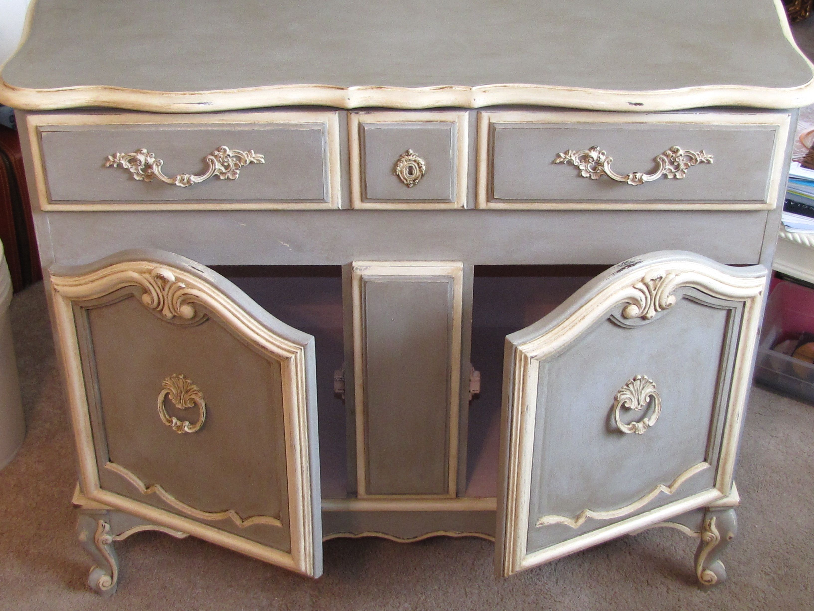 Painted In Annie Sloan Chalk Paint Paris Grey And Old