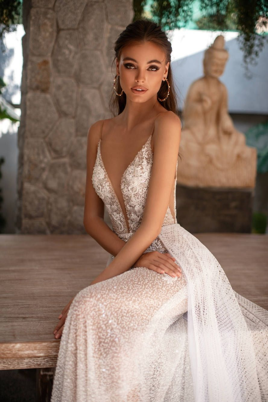 Wedding Dresses In Austin Texas At Melange Bridal Throughout Wedding Dresses Austin Texas In 2020 Wedding Dress Couture Wedding Dress Long Sleeve