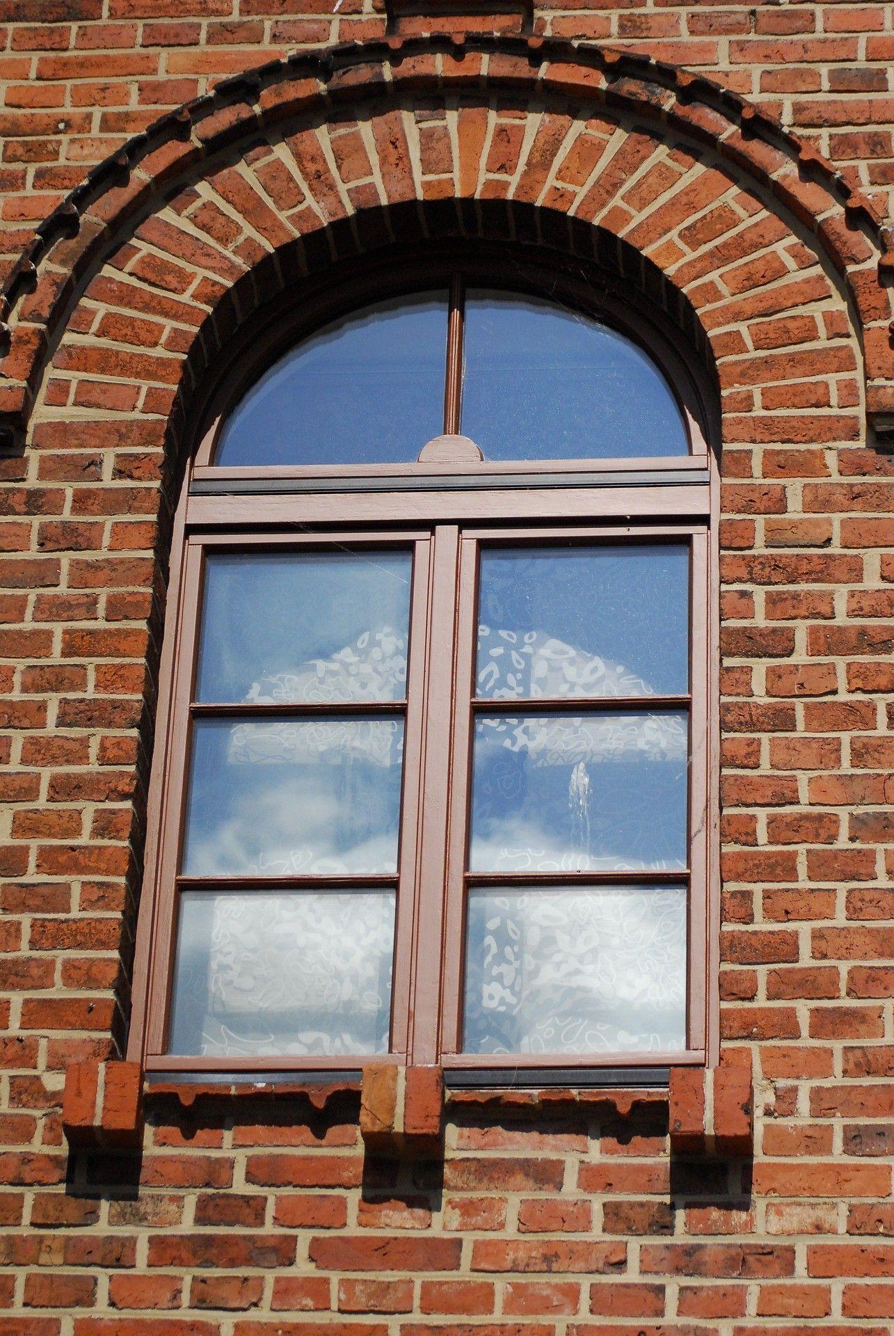 Rundbogenfenster mit sprossen korbbogen oder segmentbogen - Kunststofffenster oder holzfenster ...