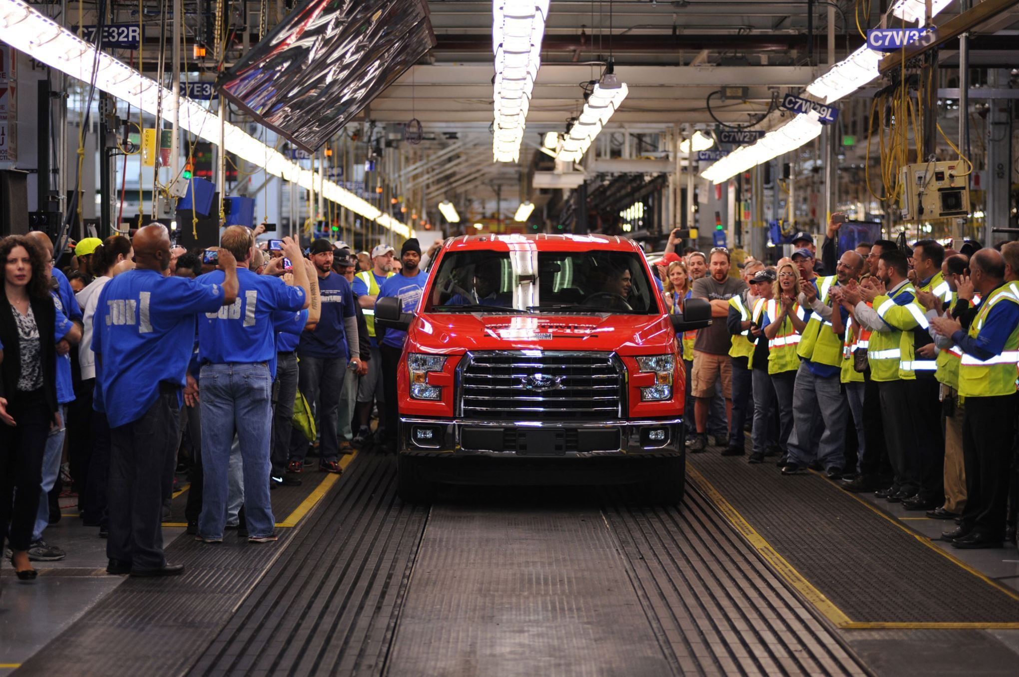 First 2015 ford f150 rolls down assembly line ford f150