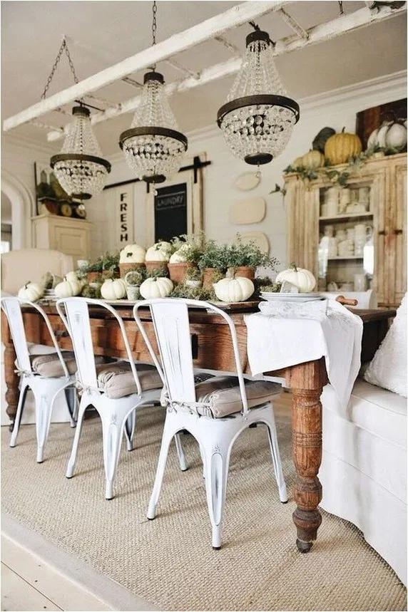 35 Farmhouse Rustic Dining Table Inspirations #tischdekoherbstesstisch