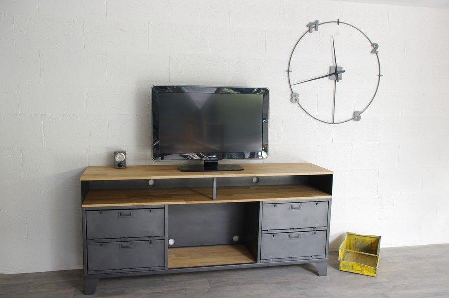 R alisation d un meuble tv industriel sur mesure avec clapets militaires cr ation - Restauration meuble industriel ...