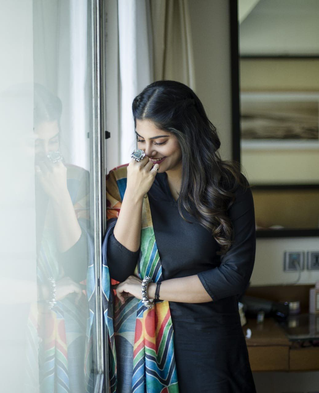 Manjima Mohan Bollywood actress hot photos, Hollywood
