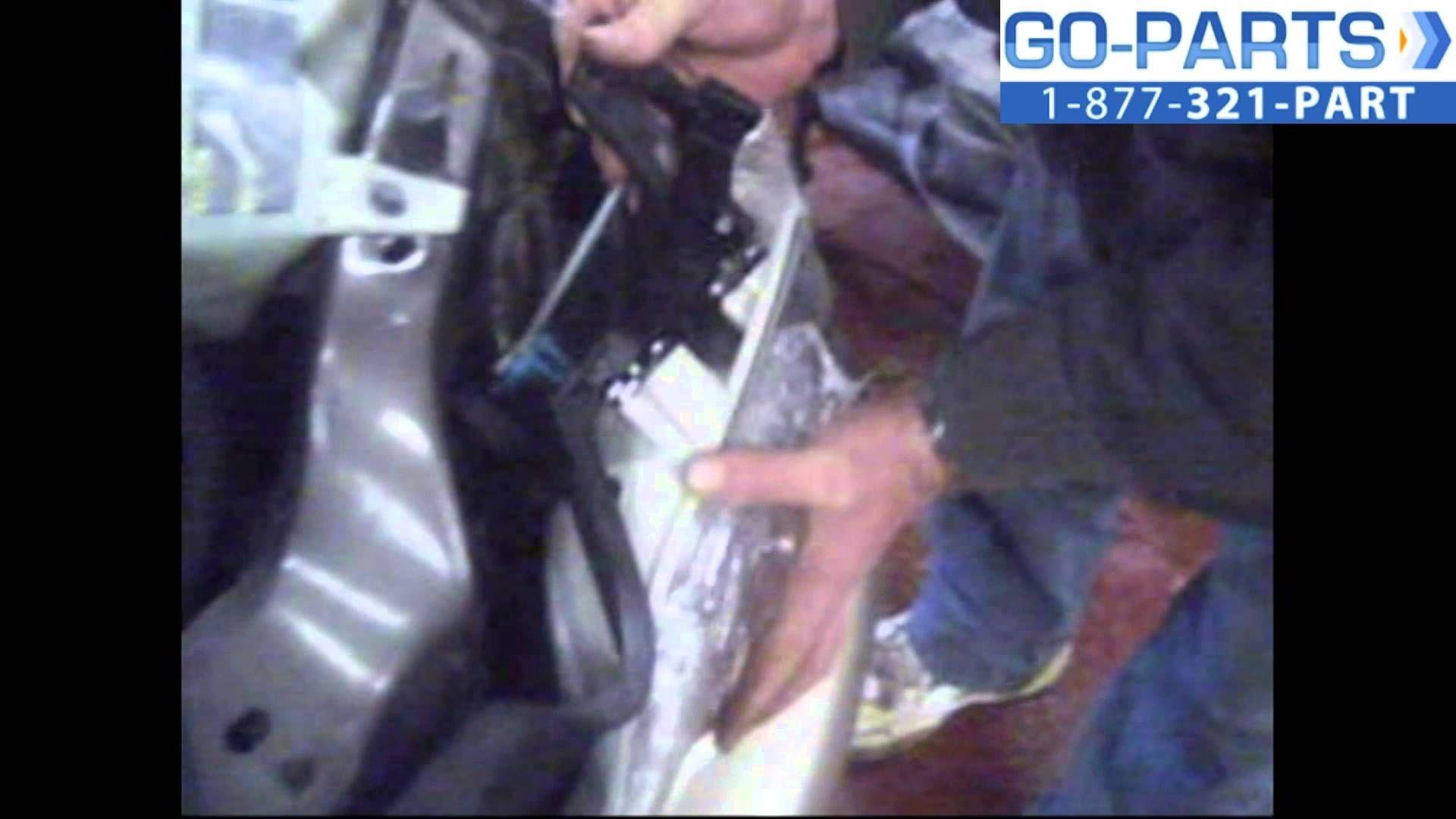 Replace 1999 2005 Pontiac Montana Headlight Bulb How To Change Instal Pontiac Montana Pontiac Headlight Bulbs