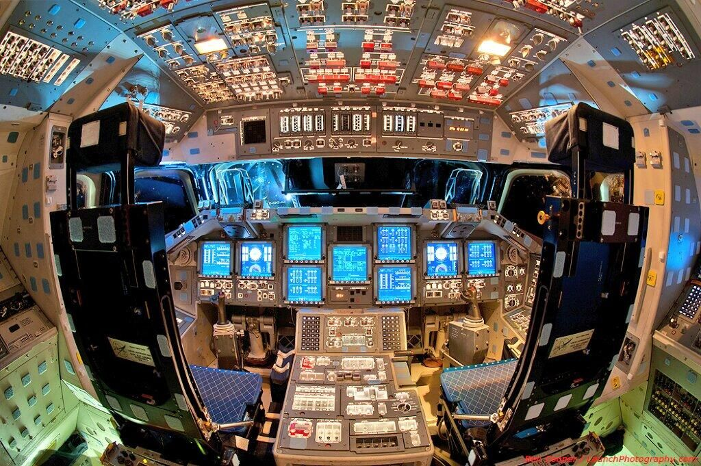 Space Snaps On Twitter Space Shuttle Flight Deck Cockpit