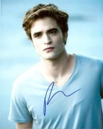 Robert Pattinson  c 8x10 Autographed Picture TWILIGHT STAR .......... FREE  SHIPPING f13829302561