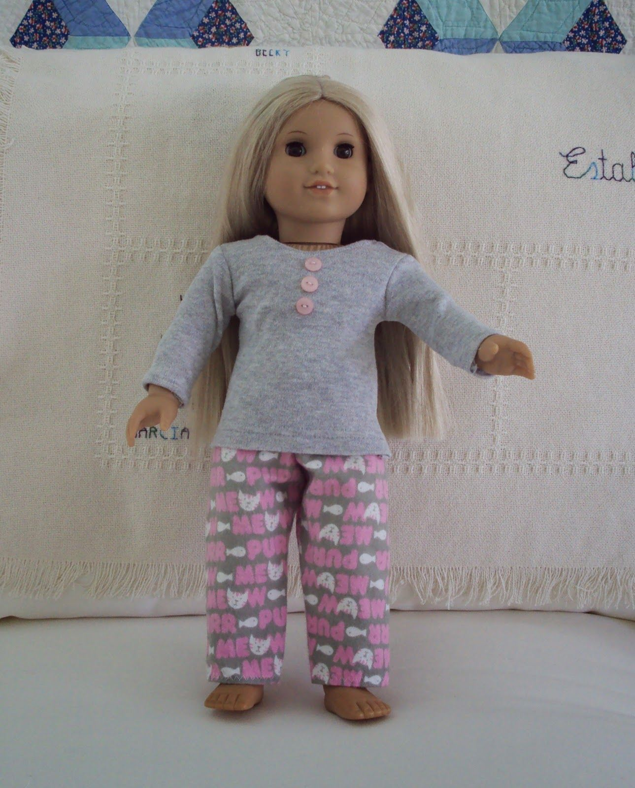 American Girl Clark Doll With Book | Puppenkleidung, Puppenkleider ...