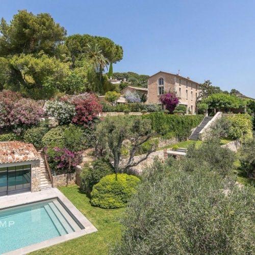 #Luxury #RealEstate #Europe #France