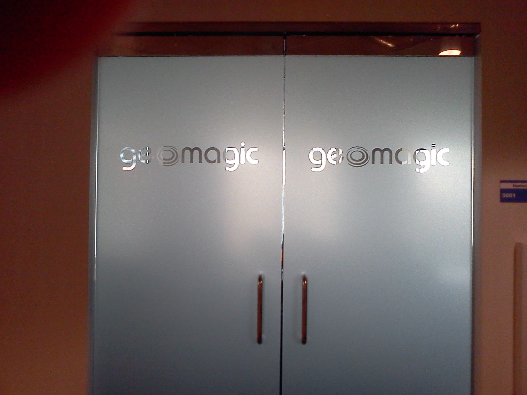 Dusted Crystal Window Film With Graphic Logo At Geomagic