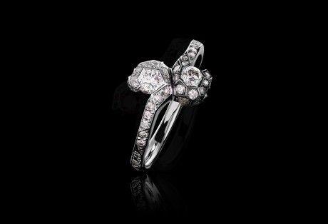 Toi et Moi ring set with white diamonds