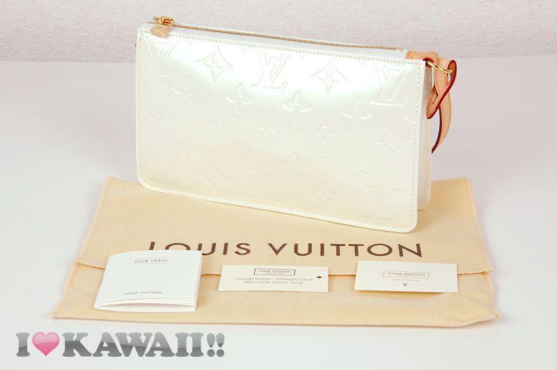 http://www.ebay.com/itm/Authentic-Louis-Vuitton-Vernis-Lexington-Pouch-Bag-Hand-Purse-IV-Free-Shipping-/140863829570?pt=US_CSA_WH_Handbags=item20cc237642