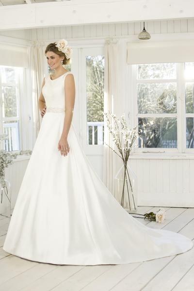 Truebride Truebride W253 I Love This Gown Sarahlouisebridal Sarahlouisebridal Glasgow Brid True Bride Contemporary Wedding Dress Designer Bridal Gowns