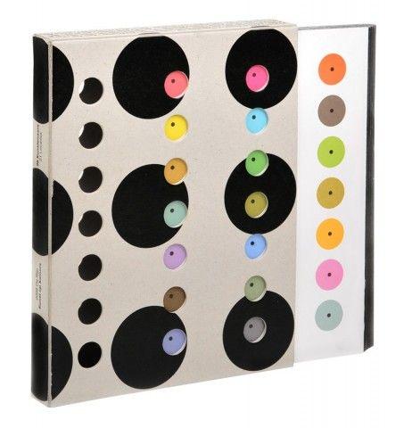 """De Rijp Kunst op Kamers """"26 Kunstenaars / 21 Locaties"""" 2008, Book Design: Irma Boom"""
