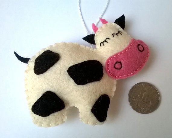 Felt Cow Ornament Handmande Christmas Farmhouse Animals Etsy Cow Ornaments Felt Christmas Ornaments Felt Crafts