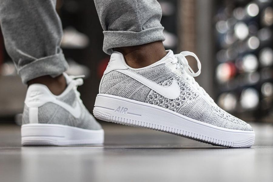 Chaussure Nike Air Force 1 Ultra Flyknit Low Gris Cool Grey homme (4)