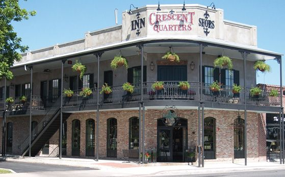 Crescent Quarters - Boerne Accommodations - luxury Hotels and Motels and Bed and Breakfast in Texas Hill Country