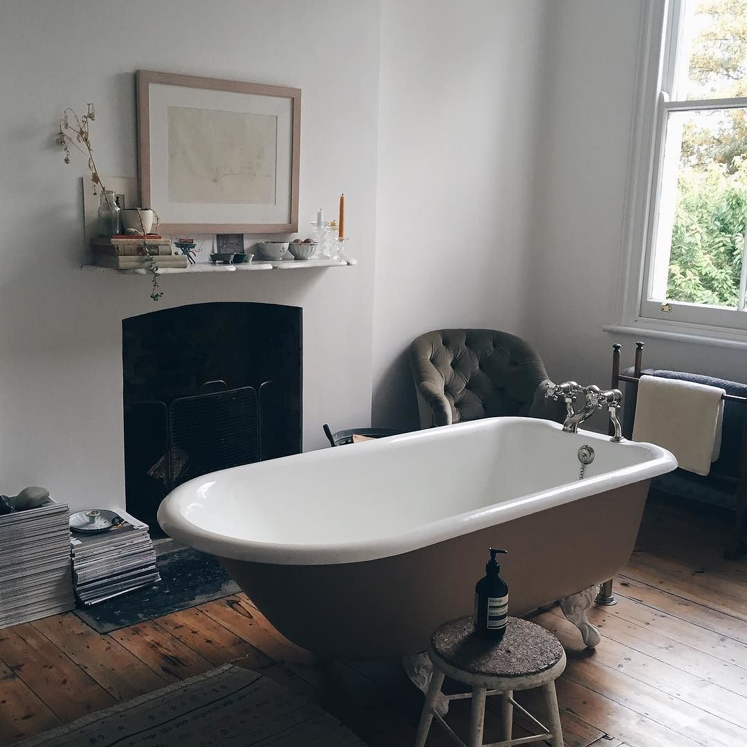 From my shoot yesterday- the most beautiful bathroom I ever did see in the amazing home of @yarnphotography- would quite like to be in there with the fire lit right now in fact (open fire in the bathroom ) ! I'll let you know when the full feature is published it's a good un. I actually have a couple of homes out in this months 25 Beautiful Homes too have a flick through next time you're at the shops!