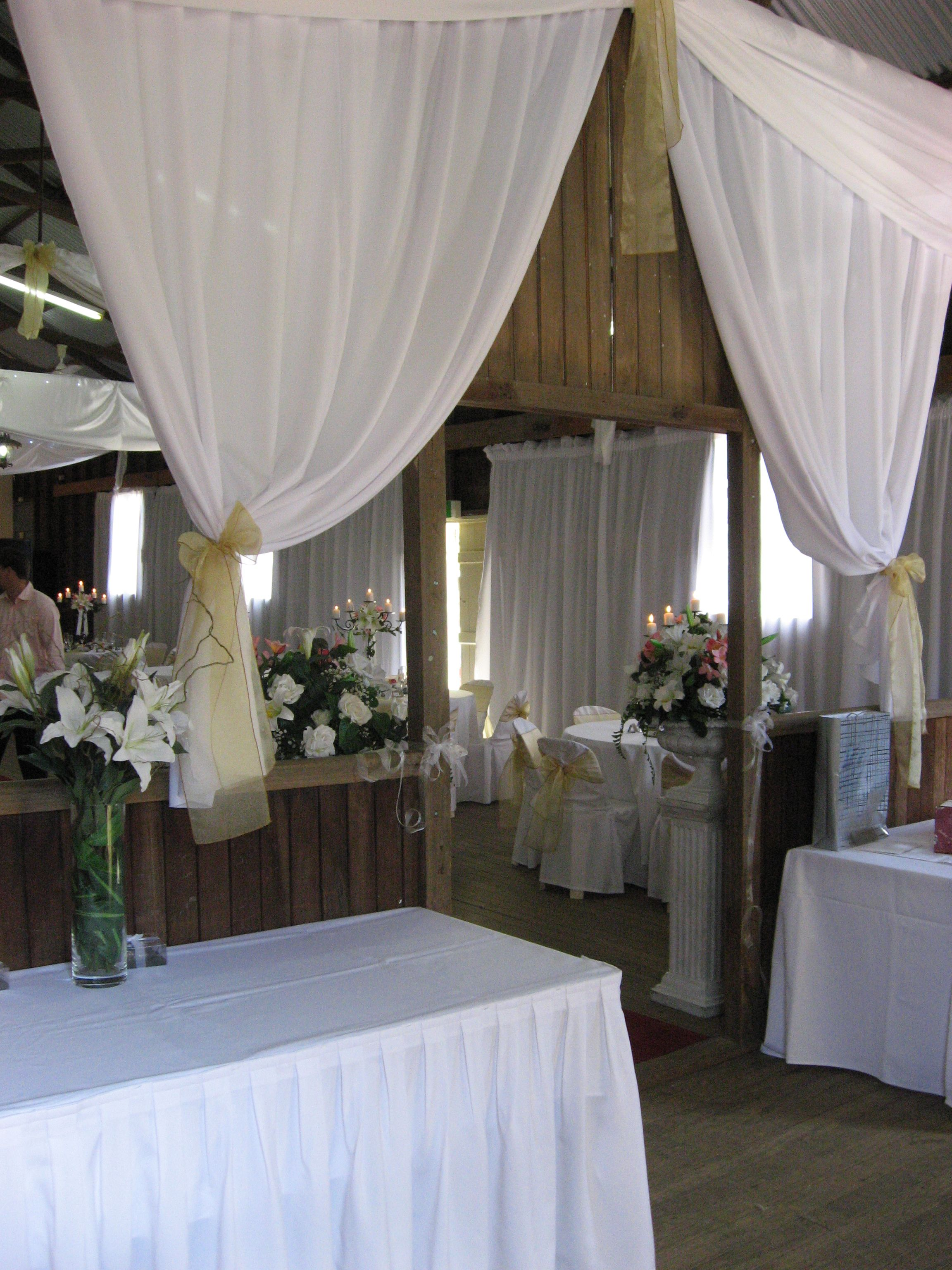 A white wedding in the Stanmore Hall