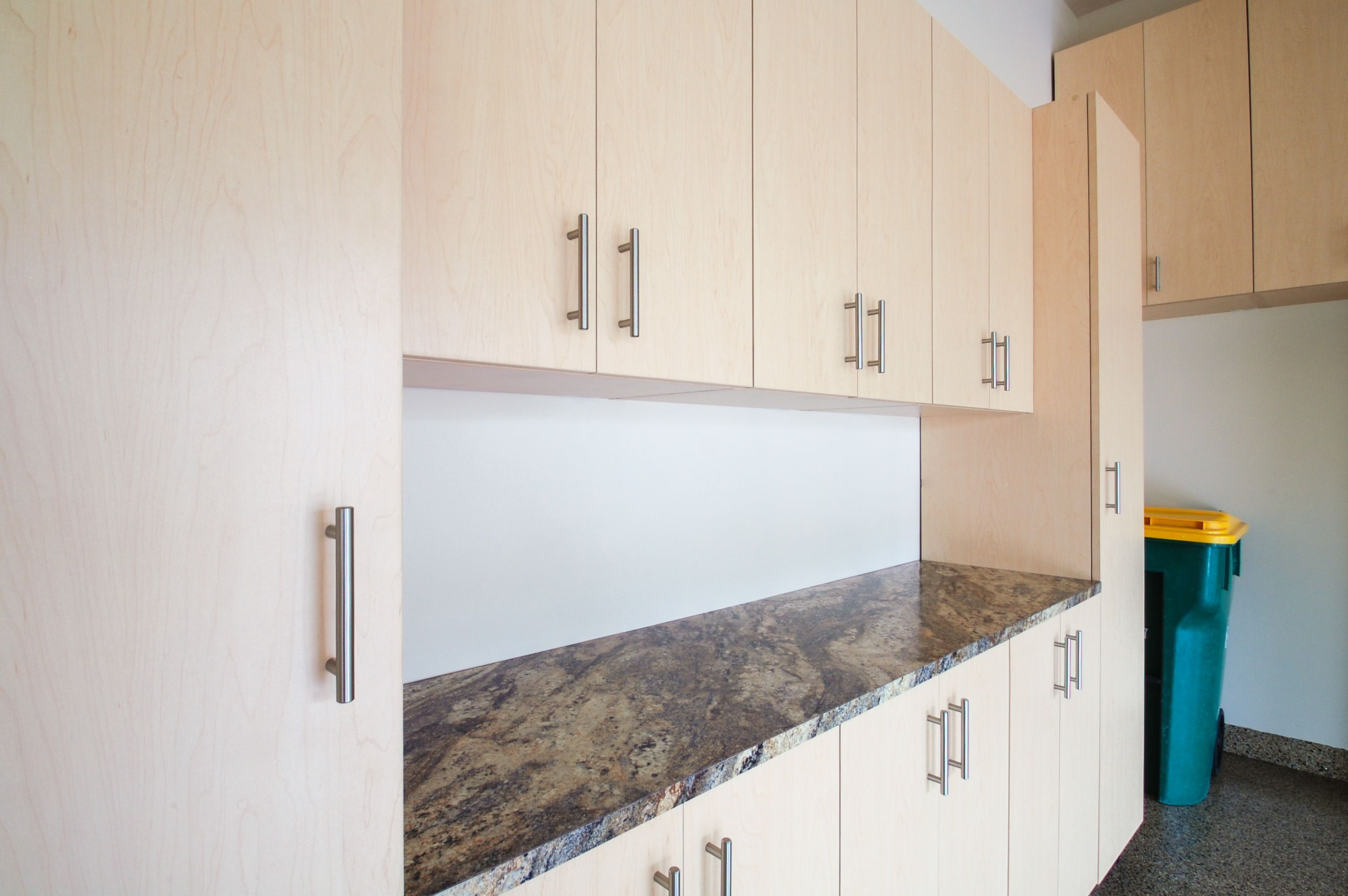 Ordinaire Hard Rock Maple Garage With Custom Laminate Countertop