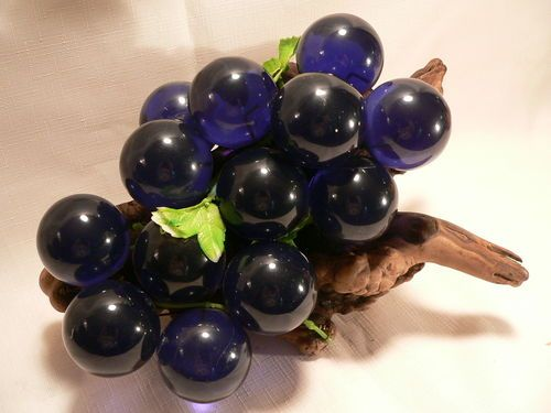 Huge Cool Vintage Retro Acrylic Glass Blue Grape Cluster Bunch 1960 S Wood Stem Retro Vintage Grapes Glass