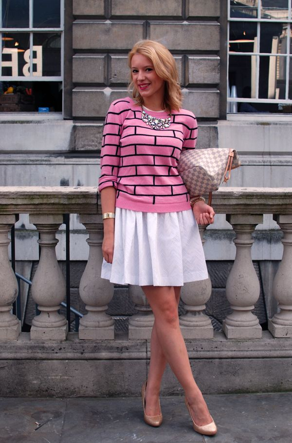 a lovely outfit in London....