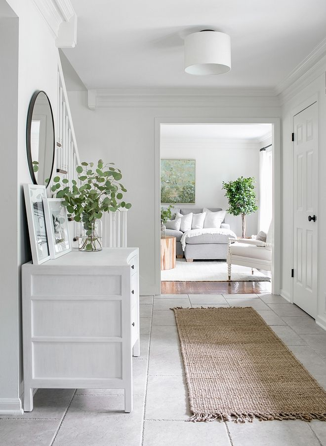 Simply White Living Room Ideas: Benjamin Moore OC-117 Simply White Benjamin Moore OC-117