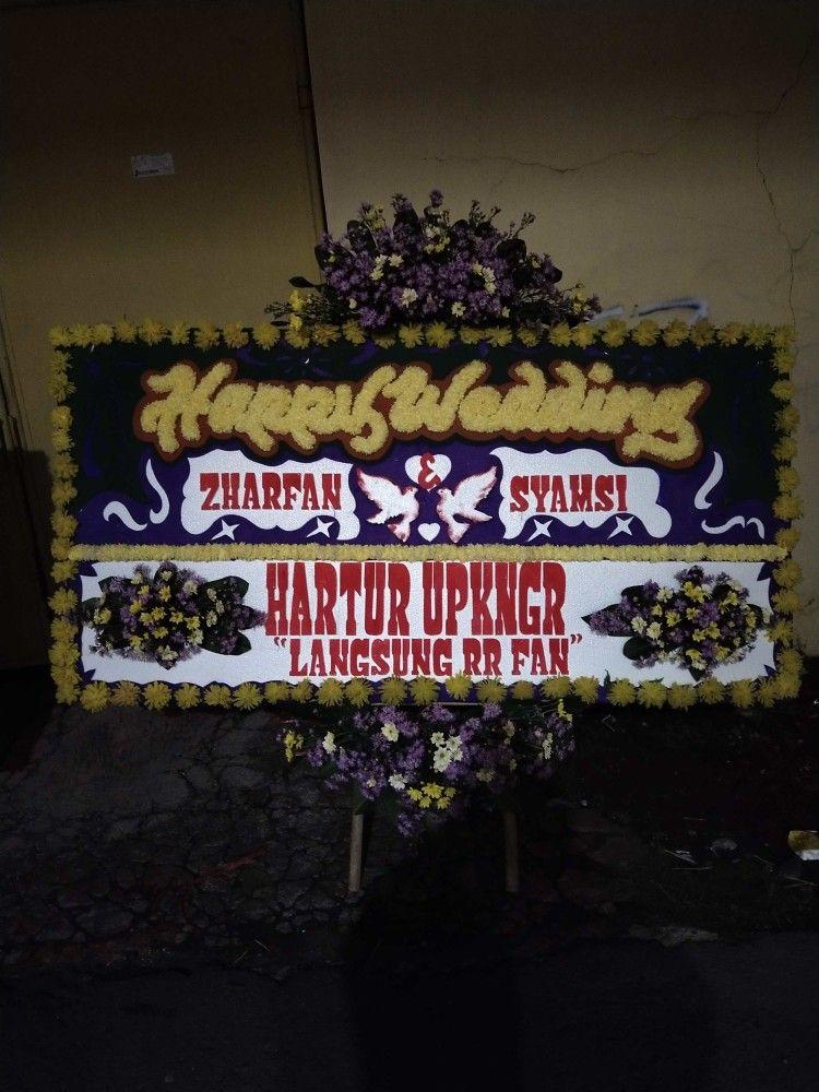 Pin Oleh Yans Florist Di Karangan Bunga Garut Murah Di 2020 Bunga Karangan