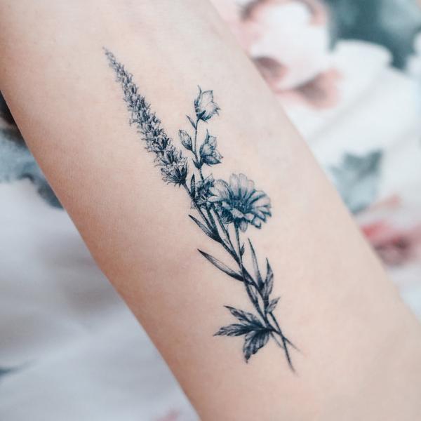Lavender Daisy Flower Tattoo Lavender Tattoo Daisy Flower Tattoos Poppies Tattoo