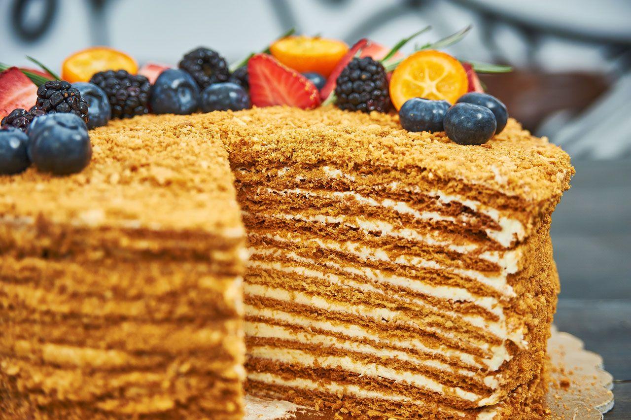 Торт медовый картинки