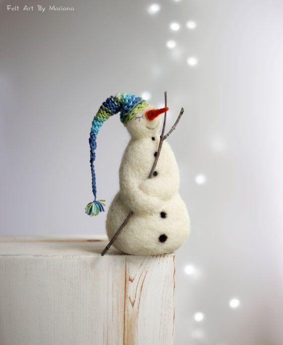 Nadel gefilzt Schneemann - verträumten weißen Schneemann - Weihnachten Home Decoration - Winter-Dekor - Schneemann mit Nachtmütze - Nadel gefilzt Weihnachten #dollcare