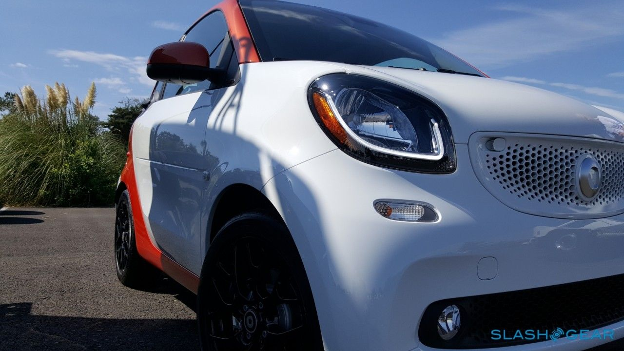 2016 Smart Fortwo First Drive Better Not Bigger Smart Fortwo Smart Car Smart