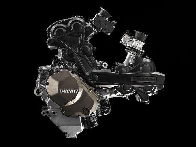 Desmosedici GP14 V4 engine